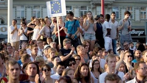 manifestacion-refugiados--575x323--478x270