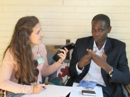 Un momento de la conversación con Raphael Be Kouadio