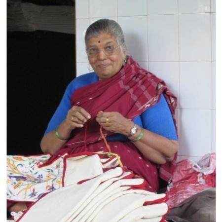 Una mujer india en la cooperativa. Foto Misioneras Dominicas del Rosario.