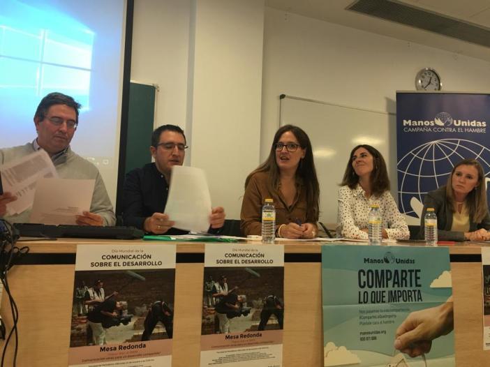 Mesa Redonda con motivo del Día Mundial de la Información Sobre el Desarrollo