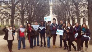 En un parque cercano al Louvre en París, celebrando el Acuerdo de París contra el Cambio Climático